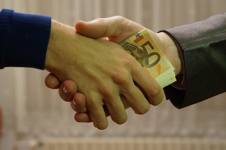 Customary gift or bribe in Malaysia?
